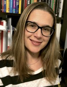 Pilar Lloret. Economista.