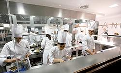 mon-empresarial-003-cuina-hofmann