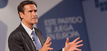 """Entrevista a <span style=""""color: #4892b1; font-weight: bold;"""">Juan Fernando</span> <span style=""""color: #9d9c9c; font-weight: bold;"""">López Aguilar</span>, eurodiputado socialista en el Parlamento Europeo y exministro de Justicia"""