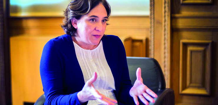 """Entrevista a <span style=""""color: #b6995b; font-weight: bold;"""">Ada Colau</span>: """"Les ciutats estem cridades a ser un agent polític cada cop més important"""""""