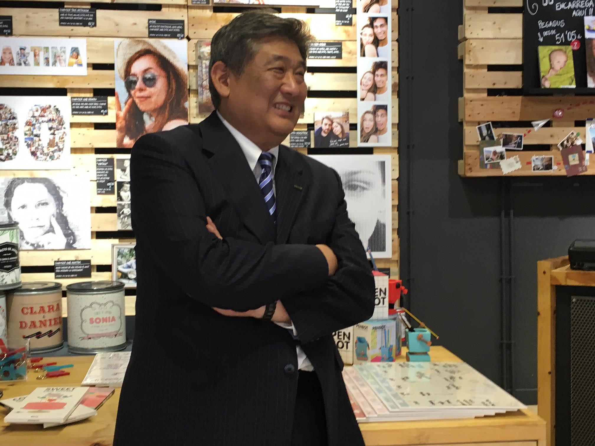 Presidente de FujiFilm Europa desde el pasado mes de junio, la tarea de Go Myiazaki consistirá ahora, principalmente, en hacer frente a los retos que suponen la actual desaceleración de la compañía en el Viejo Continente y el reciente Brexit.