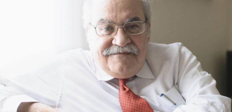 "Entrevista a <span style=""color: #AEB100; font-weight: bold; text-transform"">Andreu Mas-Colell,</span> economista"